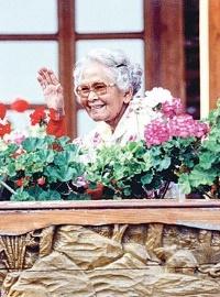 21 ตุลาคม วันรักต้นไม้ประจำปีของชาติ ราชสักการะสมเด็จย่าๆ ของแผ่นดิน